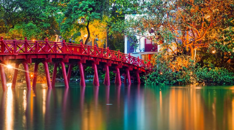 Red Bridge ad Hanoi