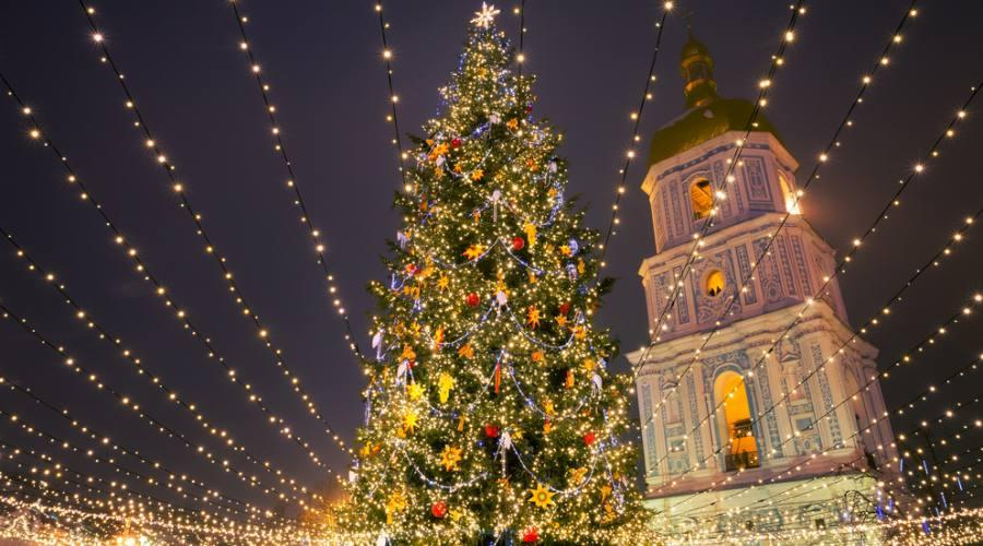 Sofia, di fronte alla cattedrale