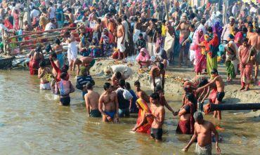 Tour di gruppo - Partecipare al Kumbh Mela, il più affollato raduno religioso dell'umanità