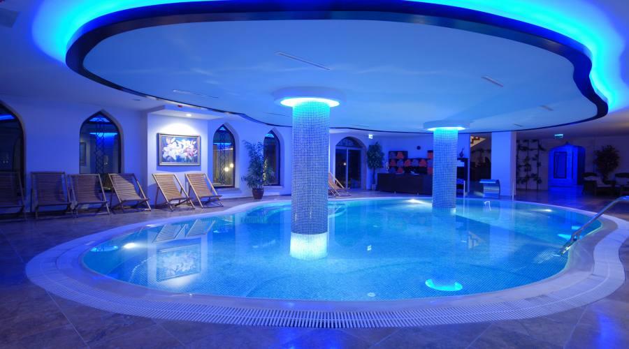 Piscina di Suhan Hotel Cappadocia 5 stelle