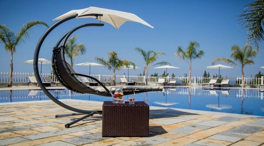 relax piscina