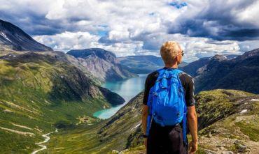 Camminata in libertà nei fiordi