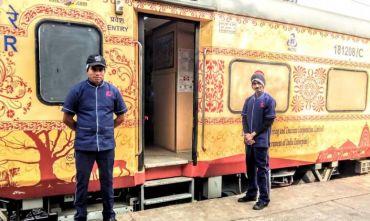 In treno lungo la via del Buddha: un viaggio al ritmo lento della meditazione