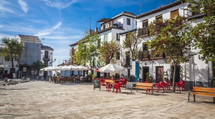 Tipica piazzetta - Granada