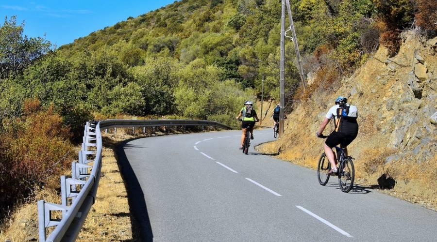 In bici sulle strade della Corsica