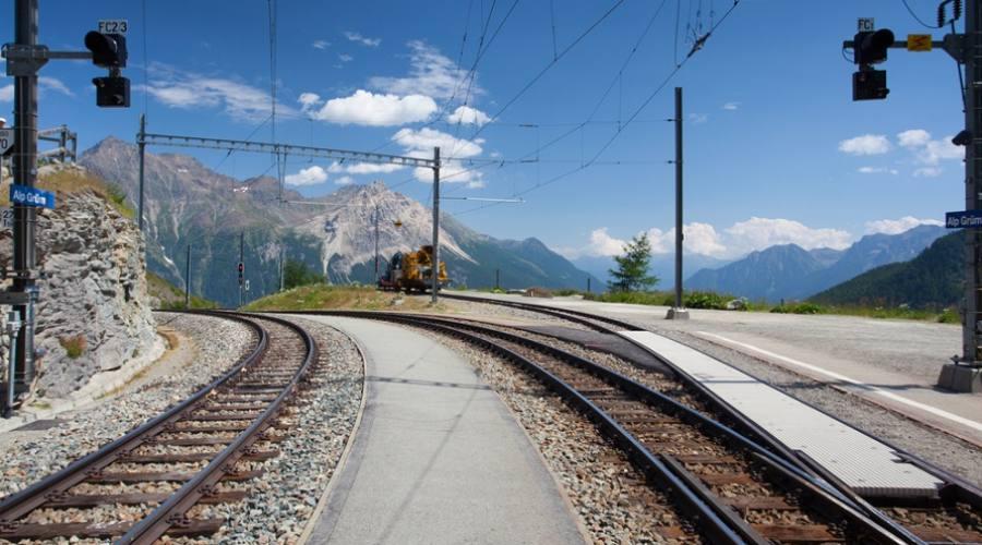 Stazione treno Alp Grum
