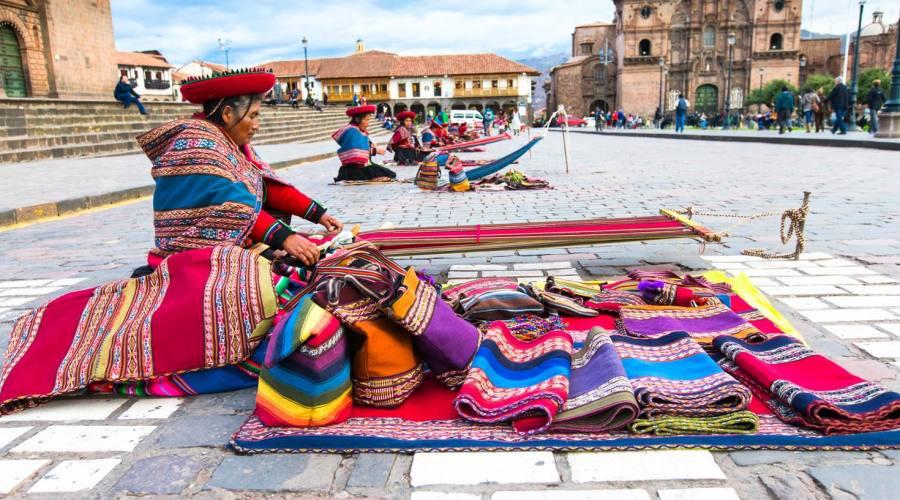 Mercato all'aperto a Cusco