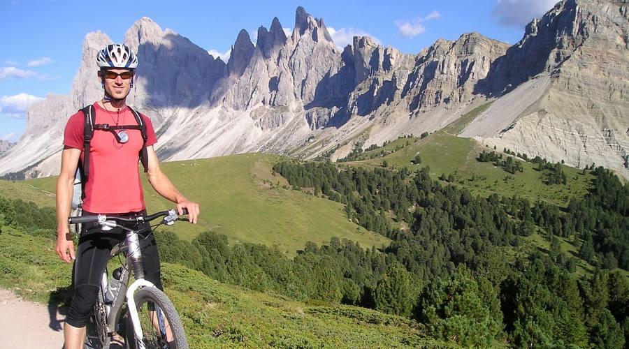 In bici sulle cime