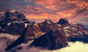 A piedi tra i parchi naturali delle Dolomiti