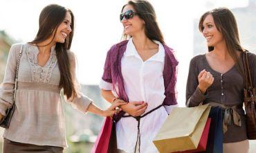 Amiche in viaggio: speciale shopping festival!