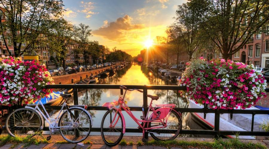 Tramonto in Amsterdam