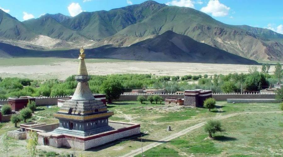 stupa tibet
