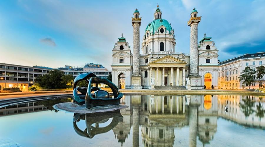 La chiesa di San Carlo Borromeo - Vienna