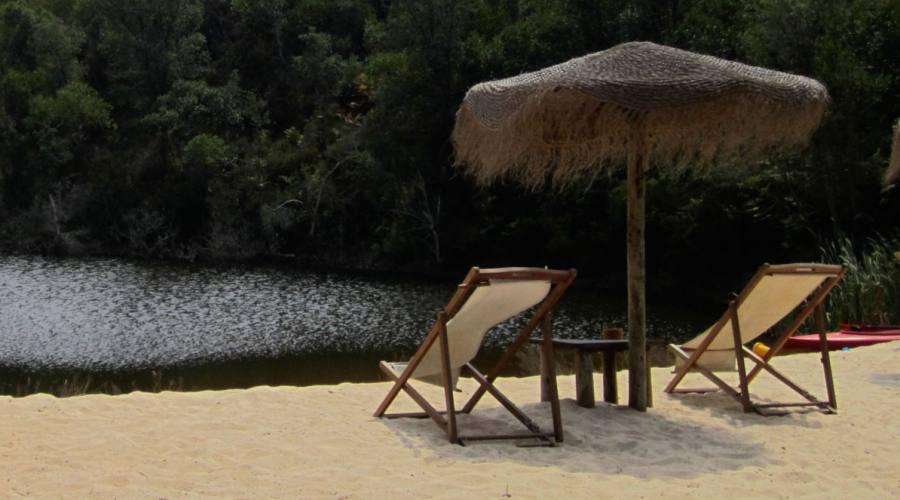 La spiaggetta sul lago.