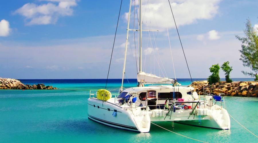 veleggiando alle Seychelles