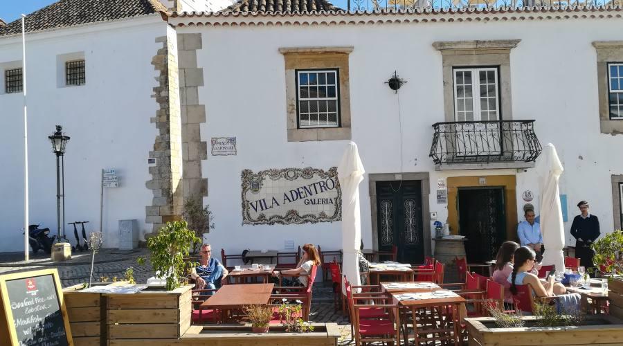 Faro, piazzetta