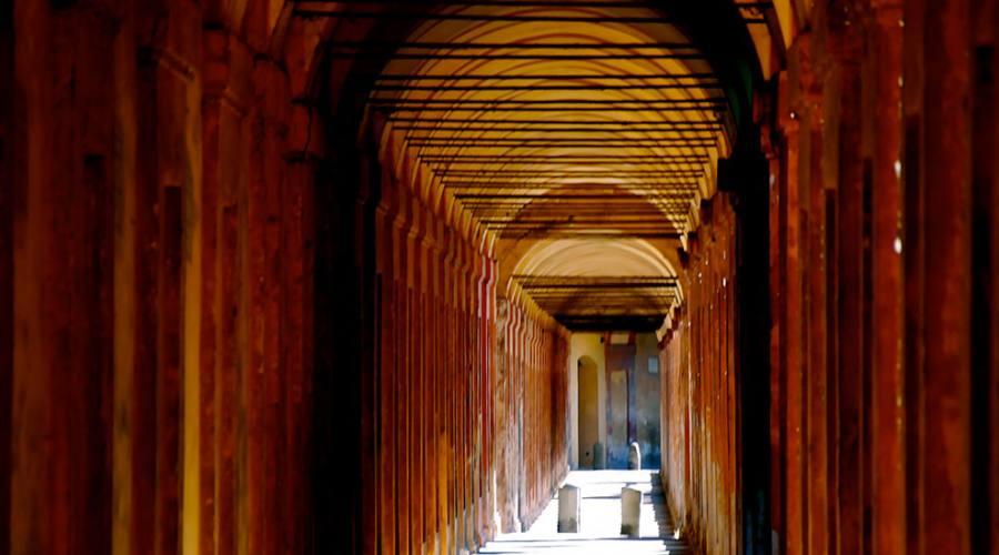 Caratteristici portici di Bologna