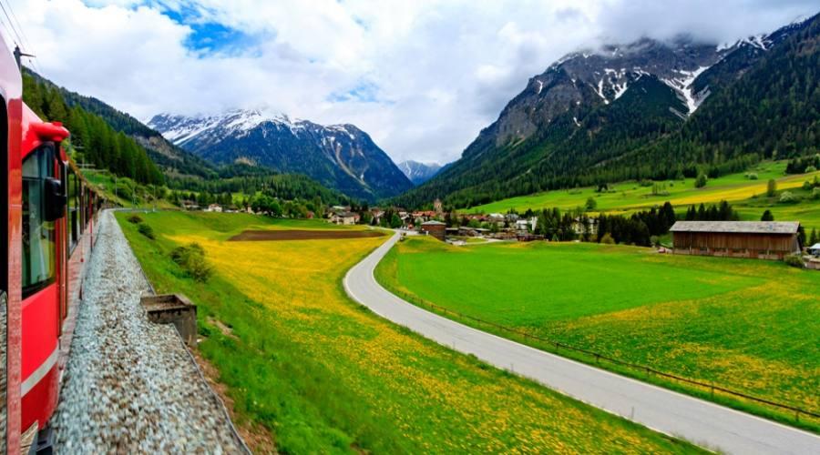 Viaggiando con il Trenino Rosso del Bernina