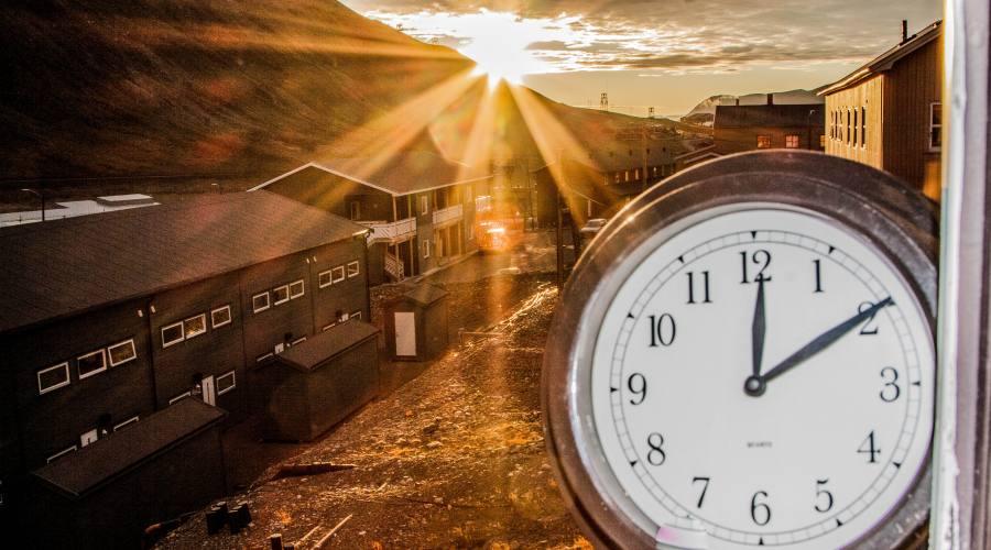 Sole mezzanotte