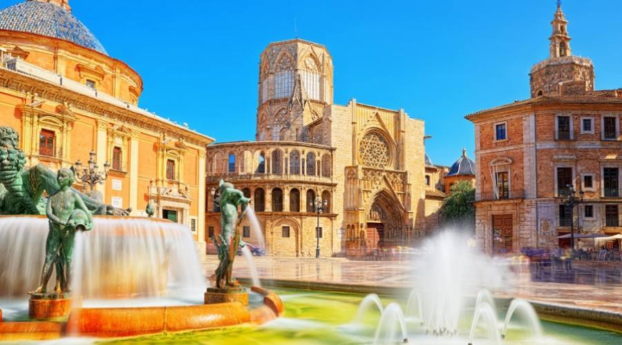 Fontana del Rio Turia - Plaza de la Virgen, Valencia