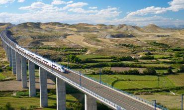 Visitare 5 città spagnole in treno con partenza dalla Catalogna