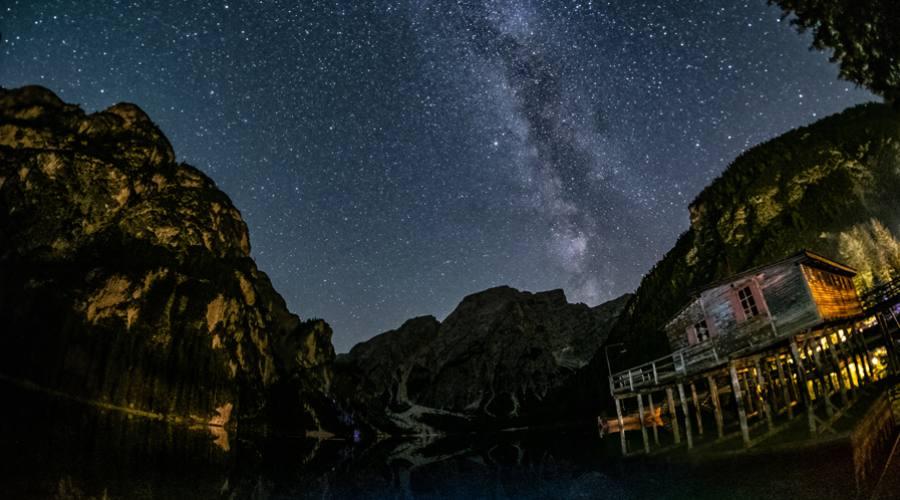 Notte stellata al Lago