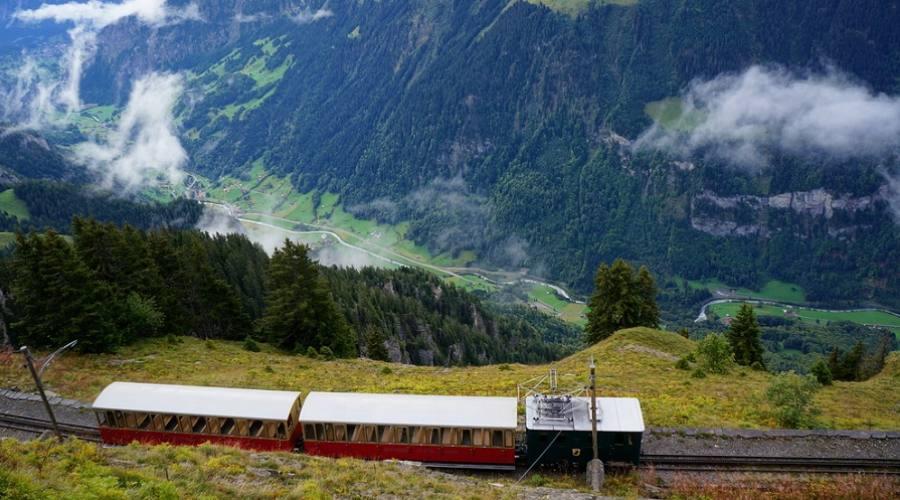 viaggio in treno da Wilderswil per Schynige Platte