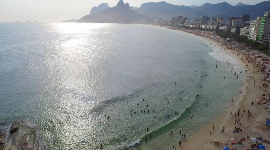 Viaggio fotografico di gruppo Rio: Ipanema vista dall'alto dell'elicottero