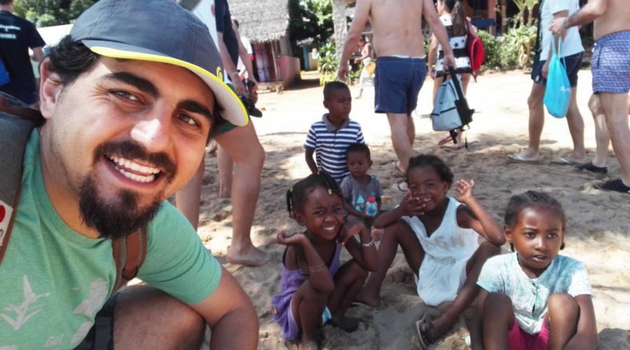 In giro per i villaggi del Madagascar