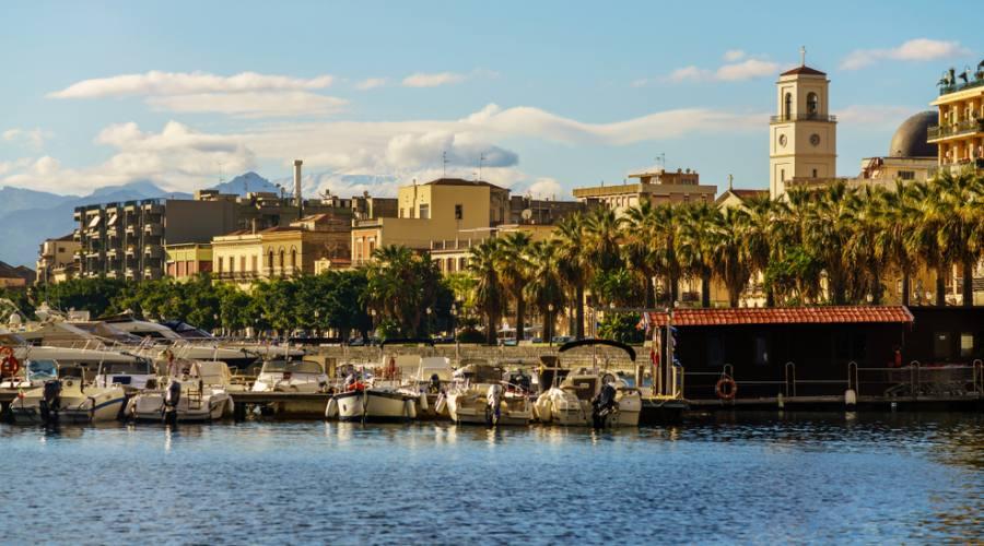 Vista della città di Milazzo