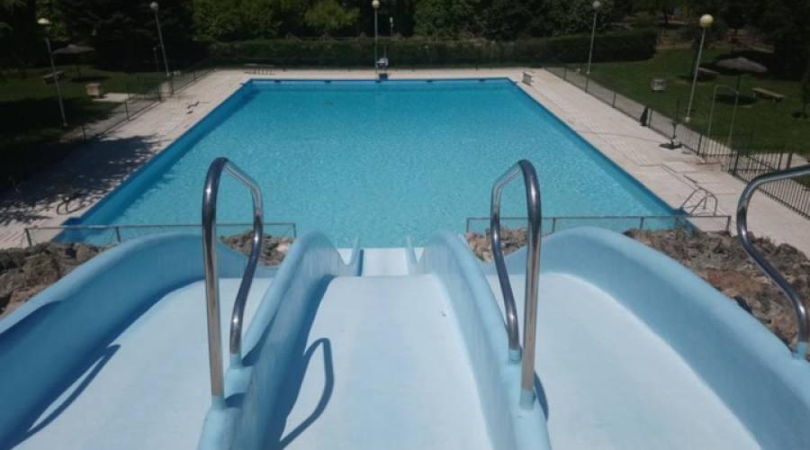 Scivoli piscina esterna