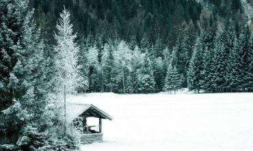 Per un riequilibrio mente e corpo nelle magnifiche Dolomiti sotto la neve