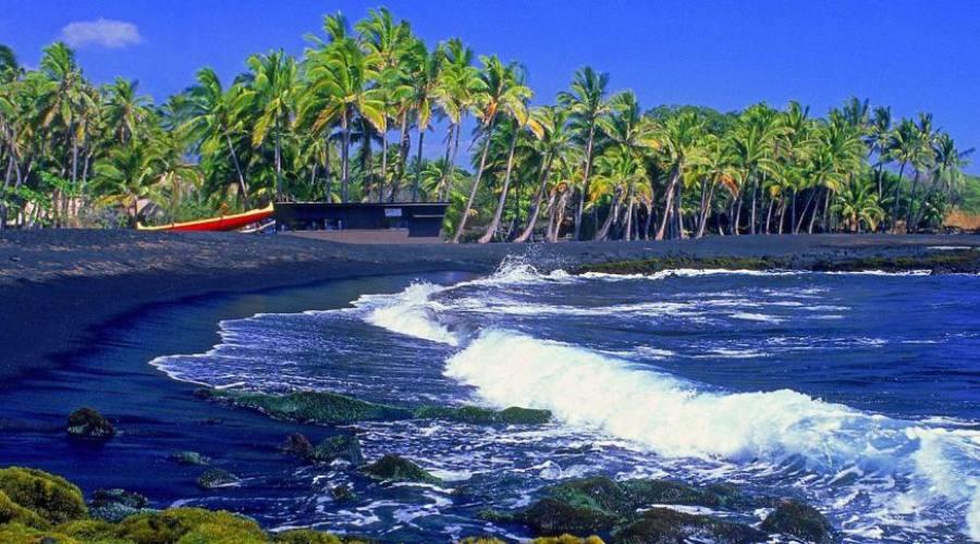 Kauai Punaluu Black Sand Beach