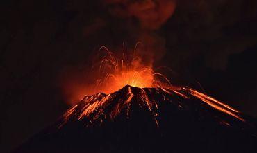 Viaggio alle origini dell'arcipelago Hawaiano con l'esperto geologo