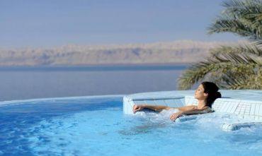 Relax e trattamenti benessere sul Mar Morto, Petra e il deserto nell' igloo marziano!!