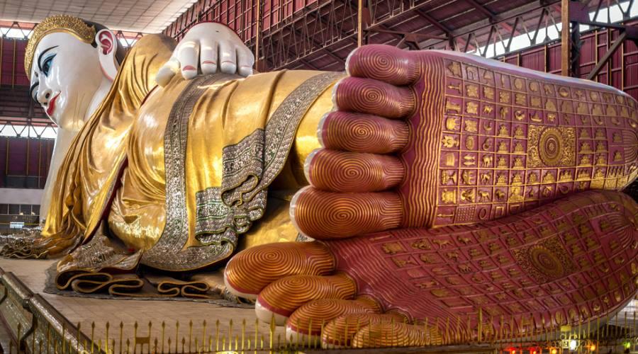 Yagon - Buddha reclinato di Chuak Htat Gyi