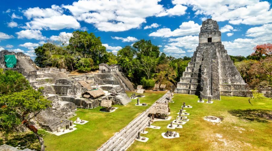 Tikal - città Maya