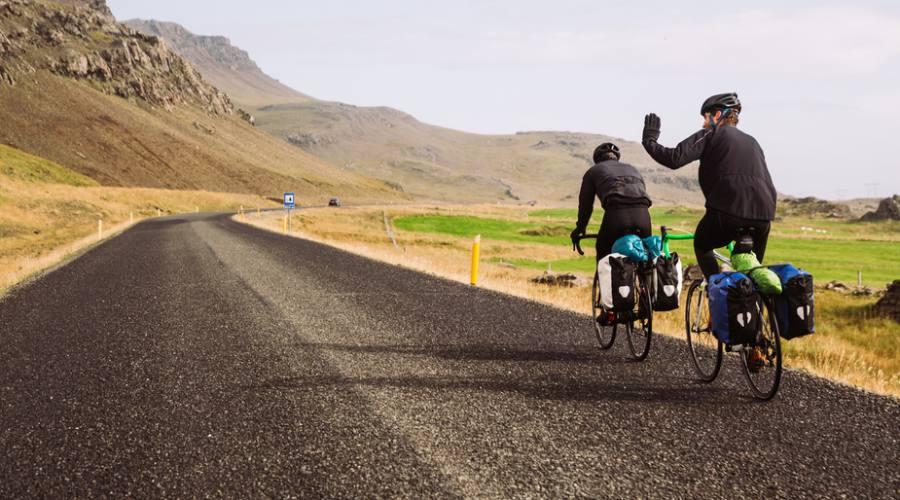 In bici sulle strade islandesi