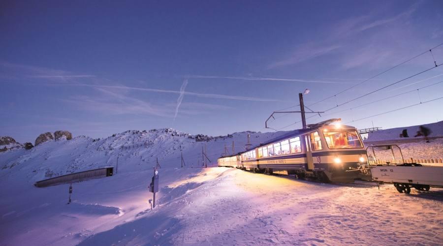 Verso la casa di Babbo Natale - Montreux Natale copyright