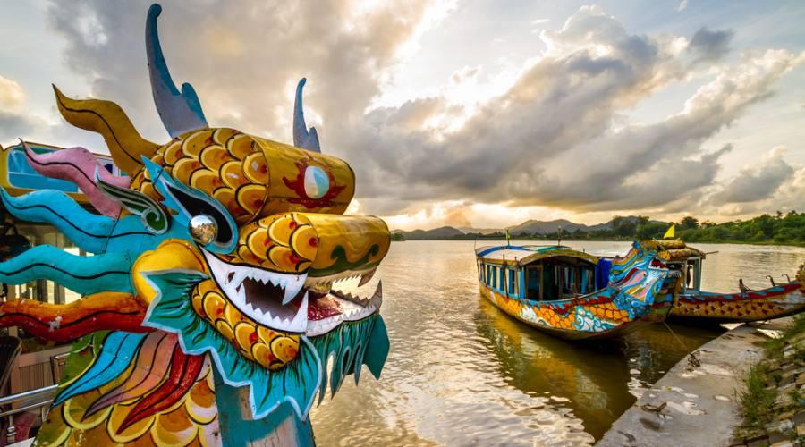 Hue la barca del Dragone