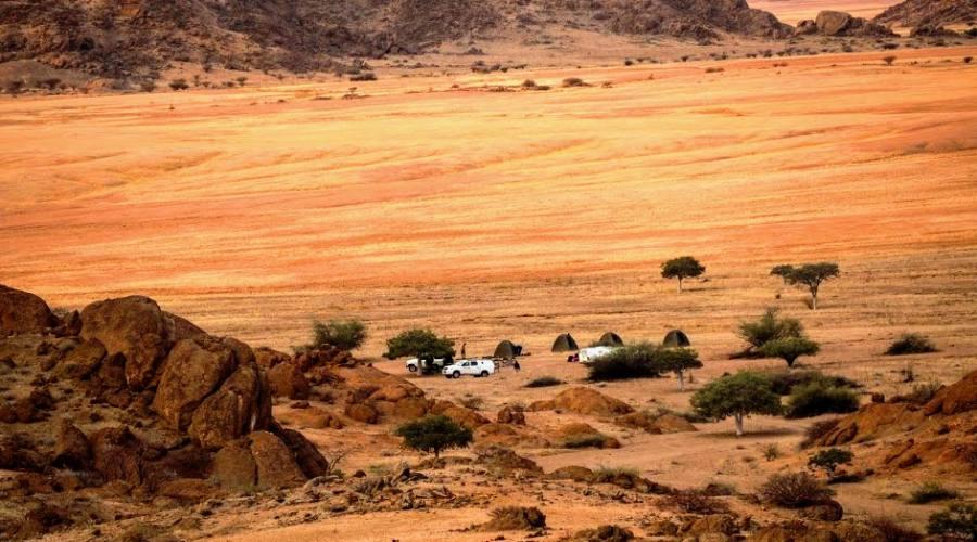 camp in hartmann valley