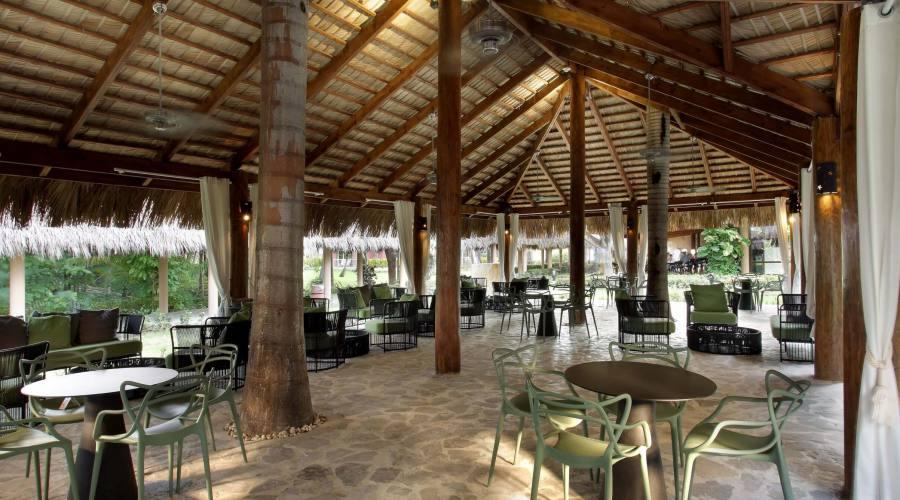 Lobby Bar Caoba