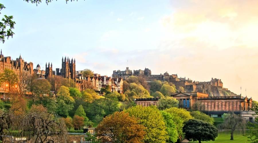 Vista del Castello di Edimburgo