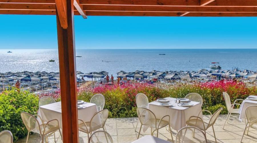 taverna sulla spiaggia