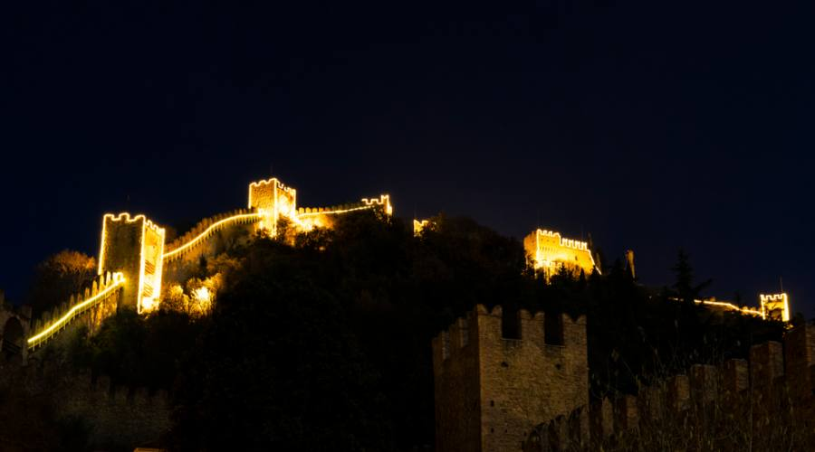Le mura di Marostica illuminate