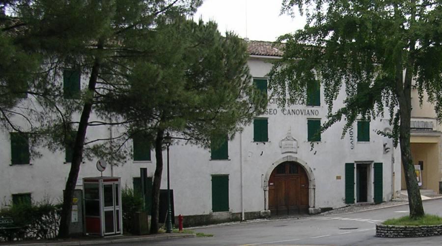 Museo Canoviano esterno