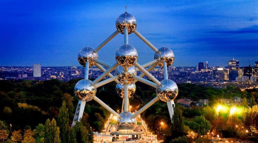 L'atomo a Bruxelles