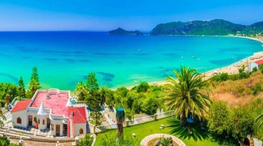 Aghios Georgios Beach