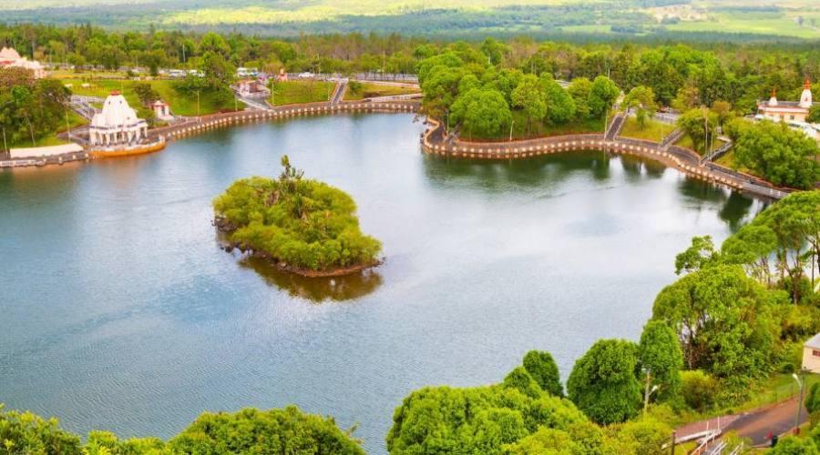 Il lago Sacro di Grand Bassin