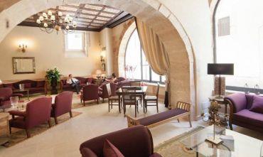 Hotel di Charme Gluten Free in palazzo d'epoca sul mare nel centro storico